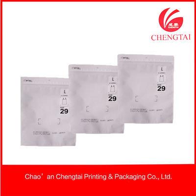 China Puncture Resistance Bopp / Cpp Zippered Garment Plastic Packaging For Clothing supplier